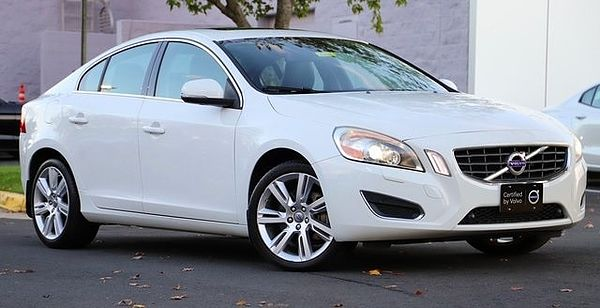 Volvo  S60 T5 FWD